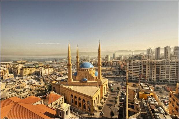 Localisation : Moyen-OrientHabitants : 363 033Climat : méditerranéen A voir : RaouchéA vu naître : MikaQuelle est cette ville ?
