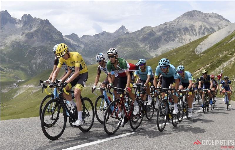 L'ascension du col du Tourmalet est fréquente lors d'une étape du Tour de France.