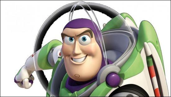 """Dans """"Toy Story 3"""", quelle nationalité Buzz prend-il ?"""