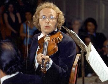 Ce musicien un peu distrait est ...