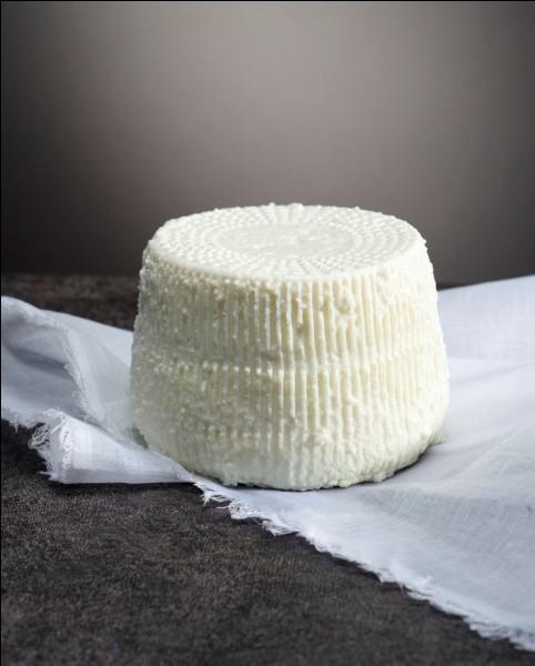 Quel est le nom du seul fromage AOC originaire de Corse ?