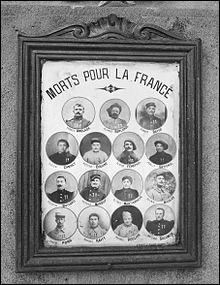 """Quel poète a été déclaré """"mort pour la France"""" en 1918 ?"""