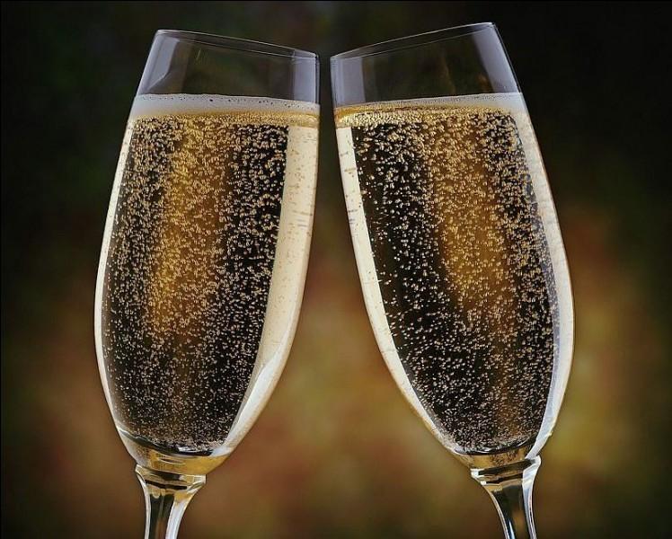 """Qui a écrit """"Meurtre au champagne"""" ?"""