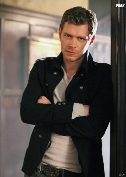 Pourquoi Klaus veut-il tuer Elena quand elle est humaine ?