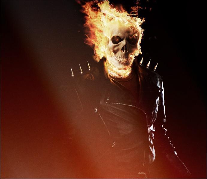 Qui se cache sous le masque enflammé de 'Ghost Rider' ?
