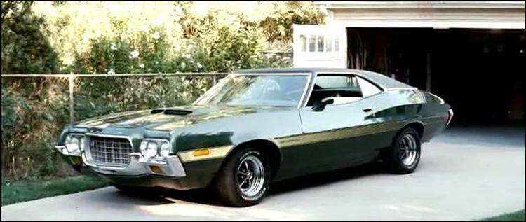 En 2008, Clint Eastwood a réalisé 'Gran Torino'. De quelle série TV cette voiture est-elle le symbole ?