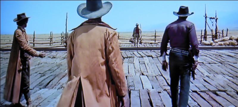 Quel acteur noir joue le rôle de Stony, l'un des 3 personnages tués au début du film par Harmonica ?