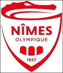 Quel est le surnom des joueurs du Nîmes Olympique ?