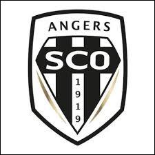 Quelle légende du foot français, ayant joué à Angers SCO, est décédé dans cette même ville en 2016 ?