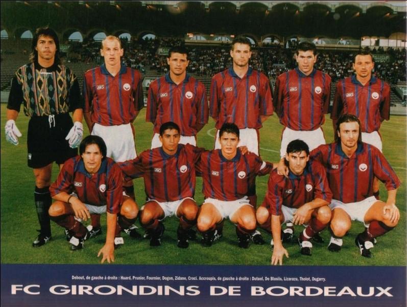 En 1996, Bordeaux se retrouve en finale de Ligue Europa. Face à quelle grande équipe perdra-t-il si près du but ?