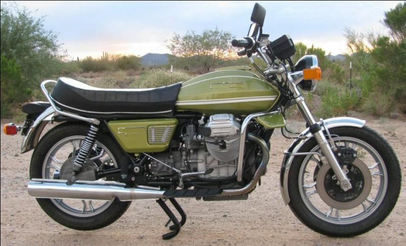 Quelle est cette moto bicylindre produite à partir de 1975 ?