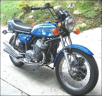La Kawasaki 750 H2 a été la première moto de série à atteindre les 200 km/h.