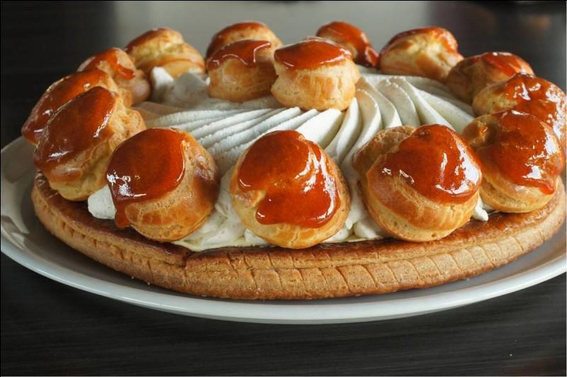 Quel est ce gâteau inventé vers 1850 par Auguste Jullien, jeune chef pâtissier de la maison Chiboust ?
