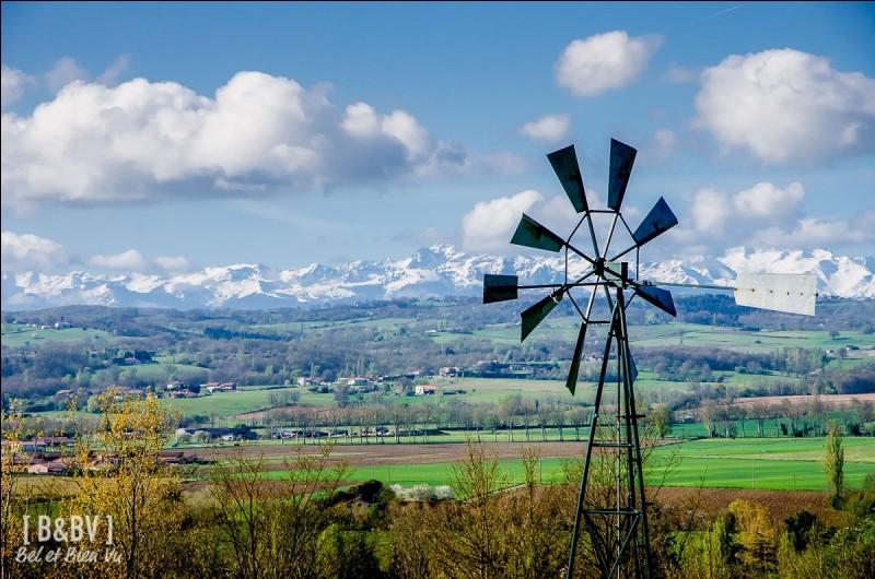 Quel est ce vent turbulent venant du sud-est qui touche le Midi toulousain et monte parfois jusqu'au nord de l'Aveyron ?