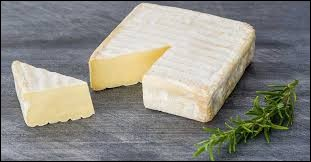 De quel animal provient le lait utilisé dans la fabrication du fromage Pont-l'évêque ?