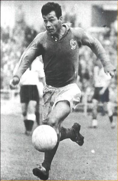 Il a brillé lors de la coupe de monde de football de 1958. Il a fêté ses 85 ans en août 2018. Qui est-ce ?
