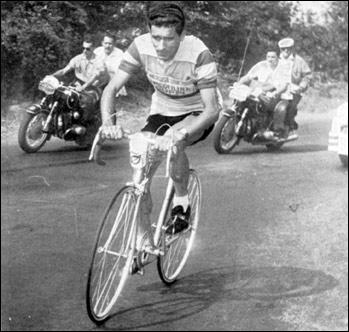Federico Bahamontes a eu 90 ans en juillet 2018. Quelle grande épreuve cycliste a-t-il remportée en 1959 ?