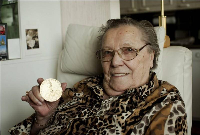 Lydia Wideman, née le 17 mai 1920, est la doyenne des champions olympiques. Dans quel domaine a-t-elle brillé ?
