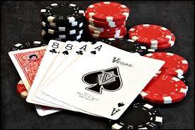 """Dans quel jeu de cartes existe-t-il """"La main du mort"""" ?"""