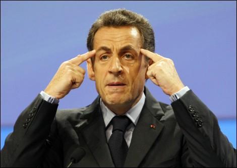 Selon le Figaro, Nicolas Sarkozy a conseillé à ses lieutenants d'y aller, sur le thème de l'immigration:
