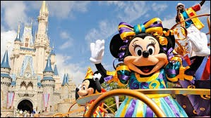 Tu es vivant, tout va bien. Tu vas à Disney / à New York / rentres en France, et tu fais le point, quels traits de caractère te définissent le mieux ?