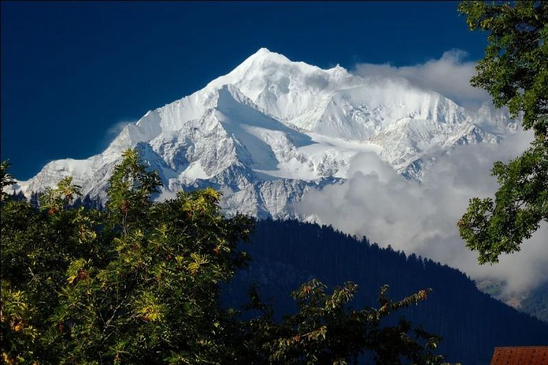 Quelle est la hauteur de la montagne suisse, le Weisshorn ?