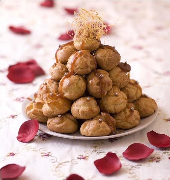 Quel est l'autre nom du croquembouche, pâtisserie élégante souvent servie dans les mariages ?