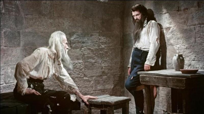 """Savez-vous qui a écrit """"Le Comte de Monte-Cristo"""" ?"""