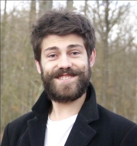 Dans quel groupe de youtubeurs peut-on retrouver Vincent Tirel ?