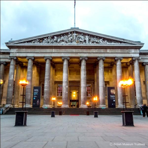 Combien de millions de visiteurs dénombre-t-on au British Museum ?