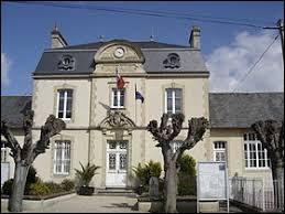 Pour commencer cette balade, je vous emmène en Normandie, à Asnelles. Station balnéaire de l'arrondissement de Bayeux, elle se situe dans le département ...