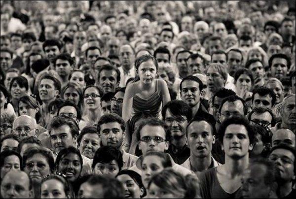 L'Homme est un être social.