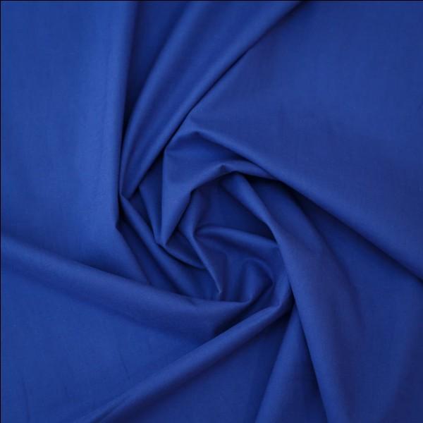 J'ai la couleur bleue sur mon drapeau. Qui ment ?