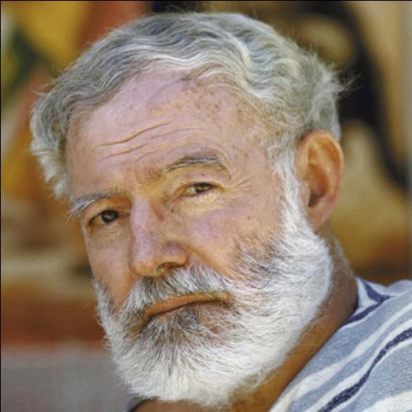 Comment l'écrivain Ernest Hemingway est-il mort ?