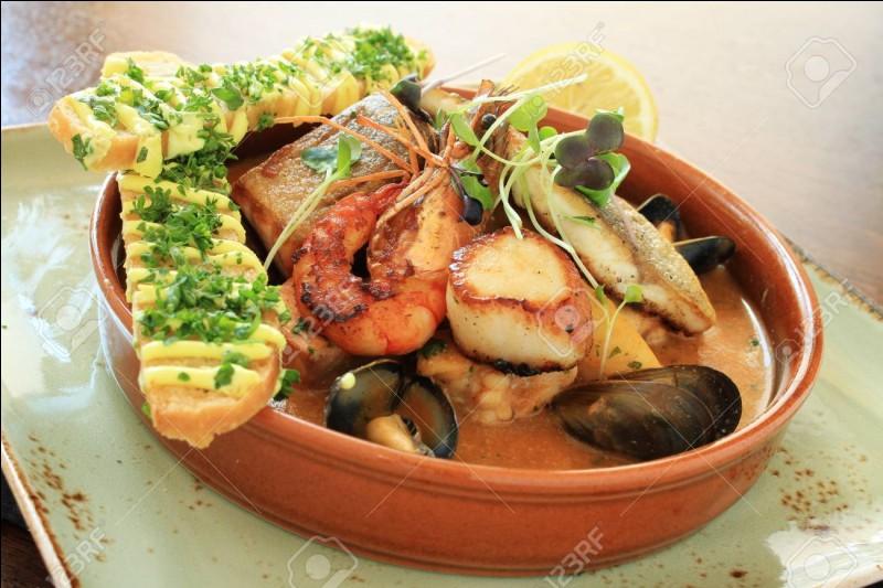 ProvenceC'est une soupe de poissons servie avec des croûtons aillés et des pommes de terre.Je suis...