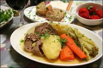 LorraineMets de viande de porc et légumes, avec accessoirement de la soupe accompagnée de tranches de pain grillées.Je suis...
