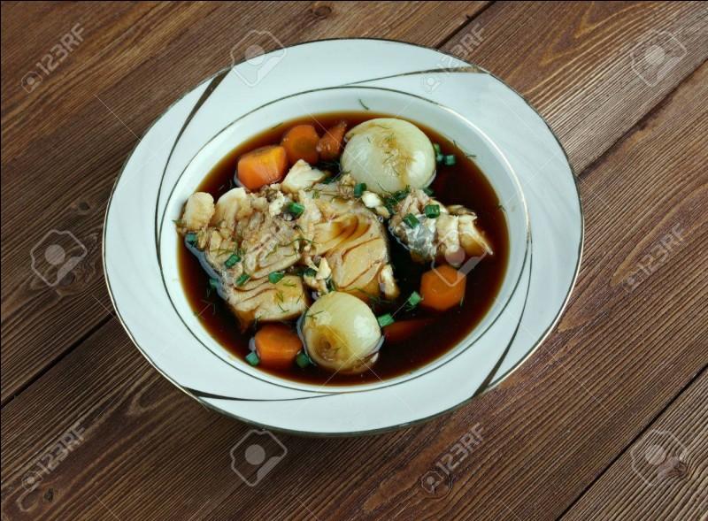 NormandieCe plat est composé de poissons coupés en morceaux et cuisinés au vin rouge.Il s'agit de...