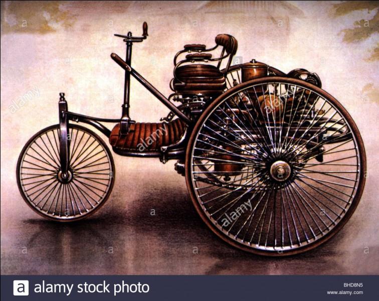 La première voiture au monde fut chinoise :