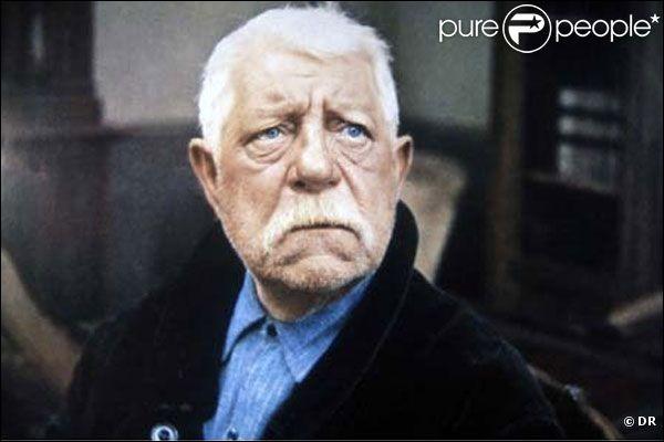 """L'acteur Jean Gabin joue dans le film """"La Horse""""."""