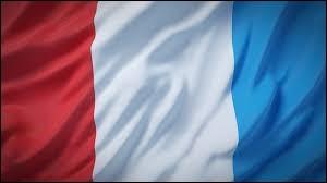 Sous quel roi est né le drapeau français ?