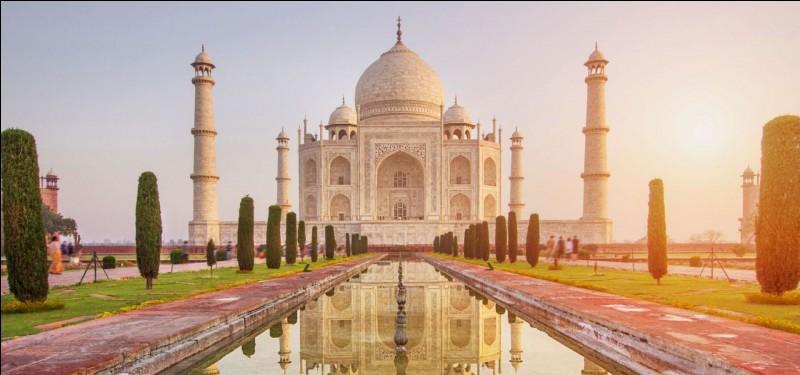 Quel est le nom de ce tombeau indien ?