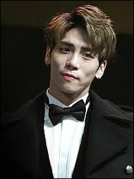 Jong-hyun est...