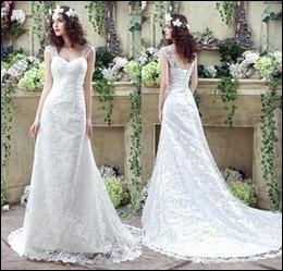 [...] mariée porte une robe magnifique ! Elle [...] porte bien !