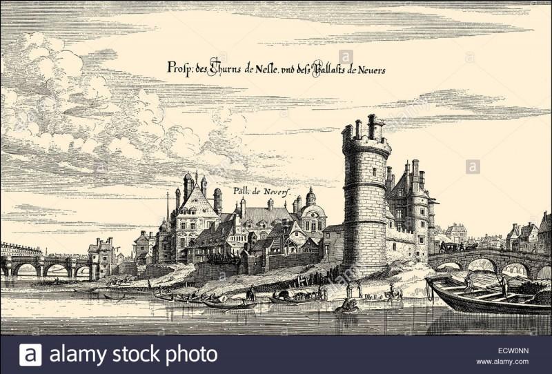 Enfin, la Tour de Nesle, aujourd'hui disparue, et jadis le théâtre d'un scandale royal, pouvait se voir à :