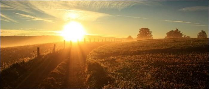 Les rayons du soleil mettent plus de deux ans à nous parvenir.