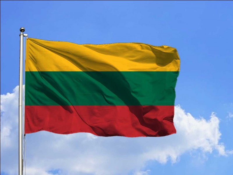 Combien de pays partagent une frontière avec la Lituanie ?