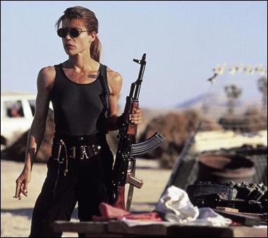 Chassée par le Terminator, son fils est John Connor et elle c'est ...