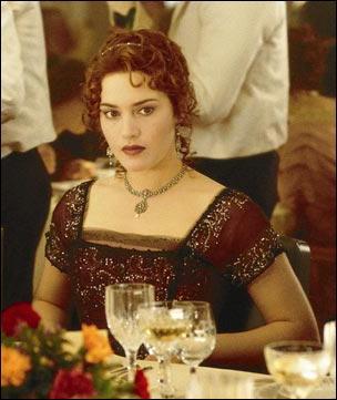 Elle survivra au naufrage du Titanic et se prénomme ...