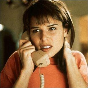 Dans la trilogie Scream, l'héroïne se prénomme ...