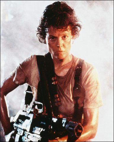 Le Lt  Ripley qui a chassé l'Alien dans 4 films  se prénomme ...